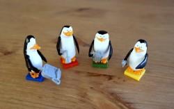 Figurki Pingwinów rodem z klocków Cobi (fot. BGG - by Michał Ozon)